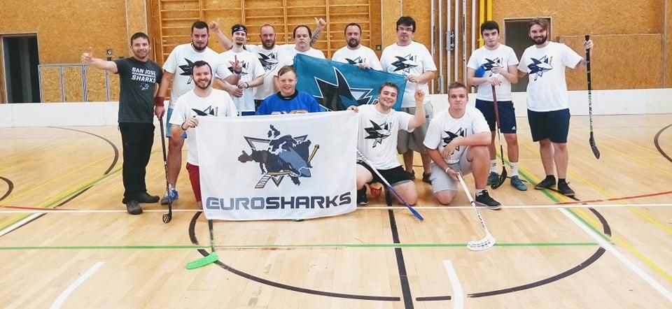 Floorball match between Sharks and Vegas fans